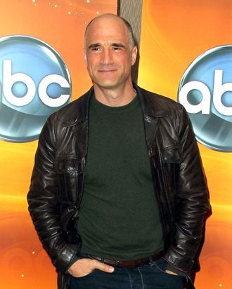 Actor Elias Koteas attends the Disney ABC Television Group Host