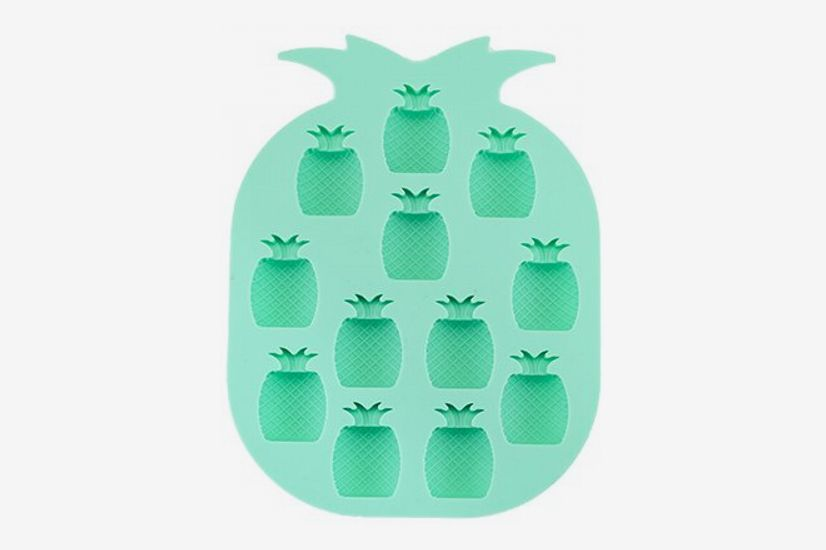 True Fabrication 5272 Pineapple Ice Cube Tray