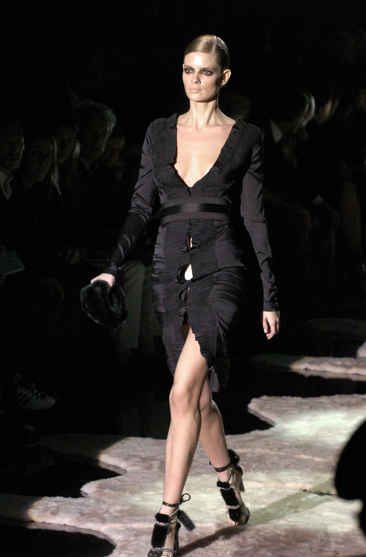 ece3befb5 Tom Ford s Last Show for Gucci Was a Rose-Petal-Strewn Dream