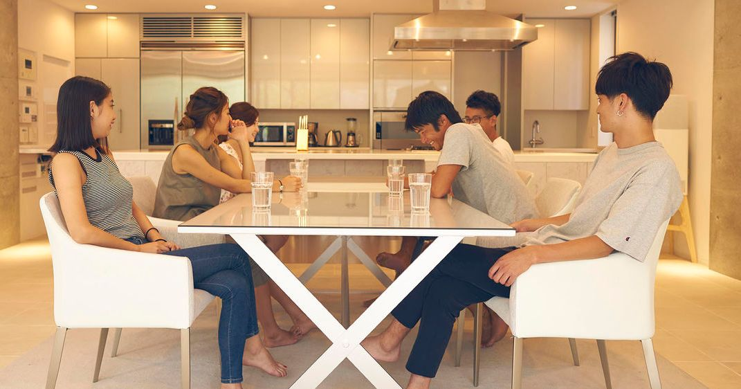 Terrace house it 39 s time to watch the japanese reality show for Watch terrace house