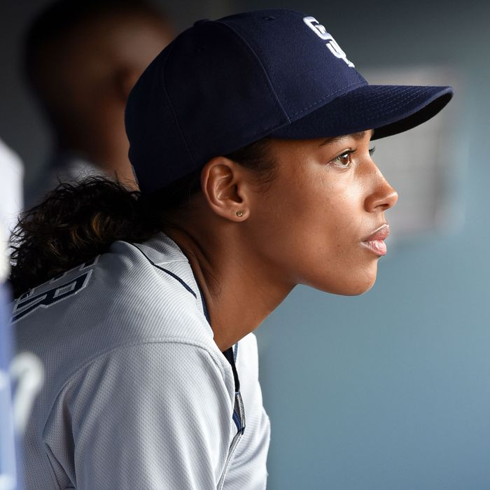 """PITCH: Kylie Bunbury in the all-new """"The Interim"""