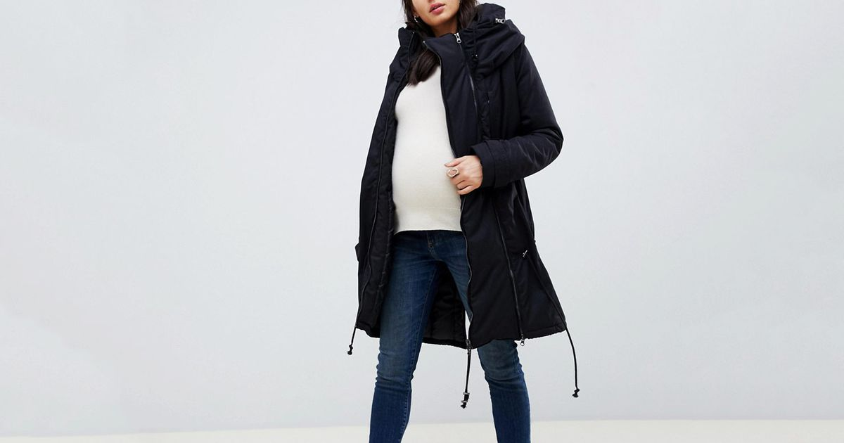 The Best Winter Coats (That Aren't Hideous) for Pregnant Women, According to Experts