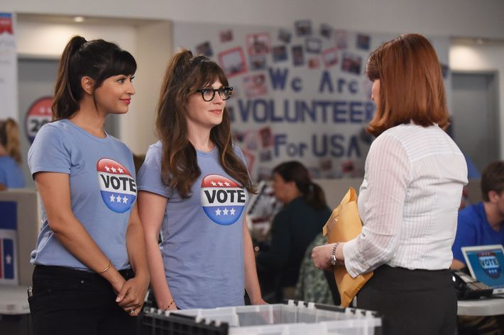 "NEW GIRL:  L-R:  Hannah Simone and Zooey Deschanel   in the ""Hubbedy Bubby"" episode of NEW GIRL airing Tuesday, Sept. 27 (8:30-9:00 PM ET/PT) on FOX.  ©2016 Fox Broadcasting Co.  Cr:  Ray Mickshaw/FOX"