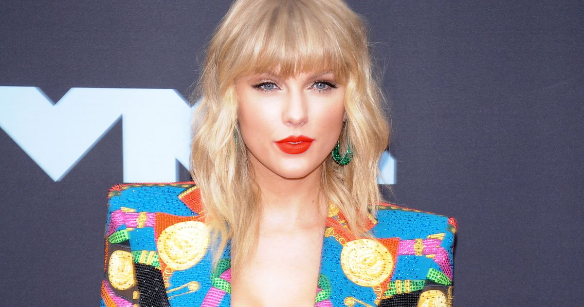 Taylor Swift Joins The Voice As a 'Mega Mentor,' the Alpha and Omega of All Mentors