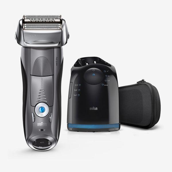 Braun Series 7 Wet/Dry Foil Shaver