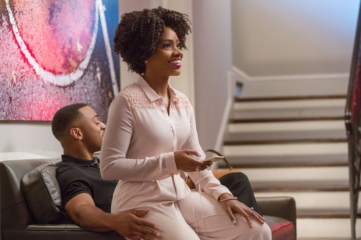 RonReaco Lee as Reggie, Teyonah Parris as Missy.