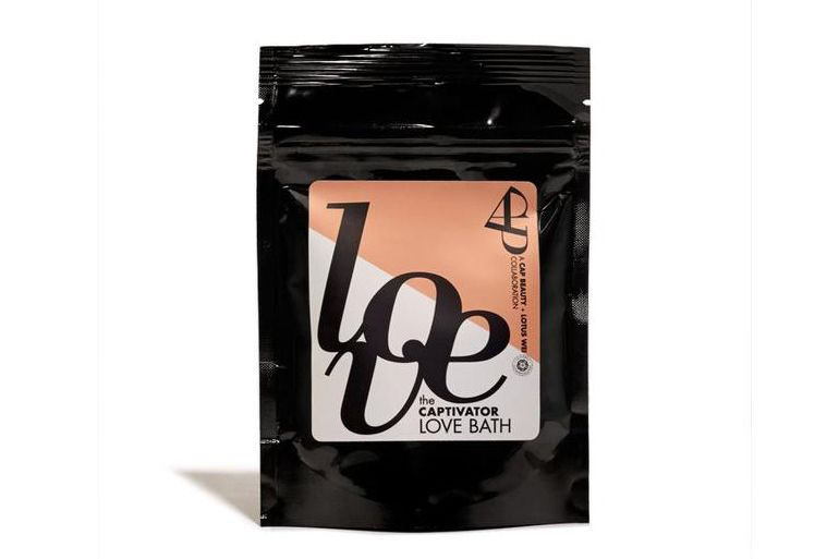 The Captivator Love Bath