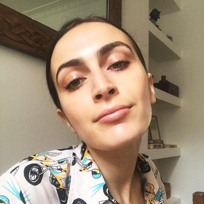 3cbb24db84c Author Rio Viera-Newton wearing Glossier's Lash Slick mascara