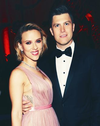 Chaos Ensues On Colin Jost Scarlett Johanssen S Date Night