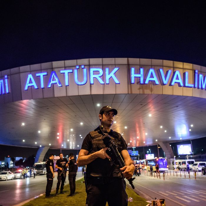 TURKEY-ATTACK-AIRPORT