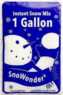 SnoWonder Instant Artificial Snow One Gallon Mix