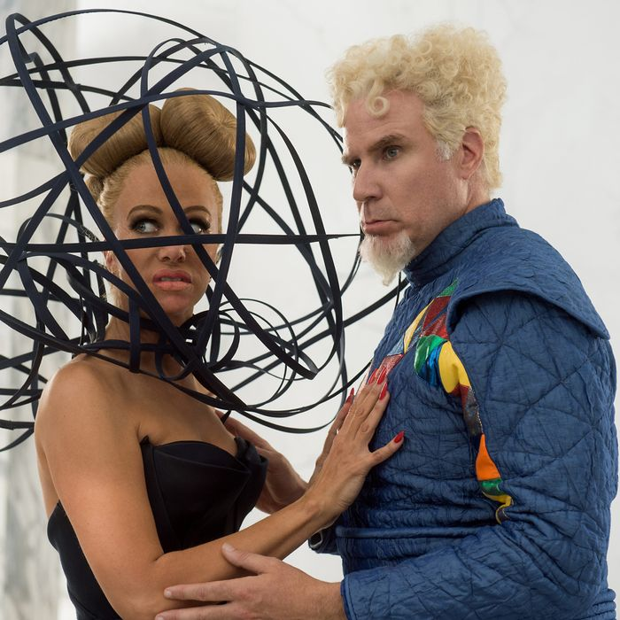 Kristen Wiig and Will Ferrell in <em>Zoolander 2<em>.
