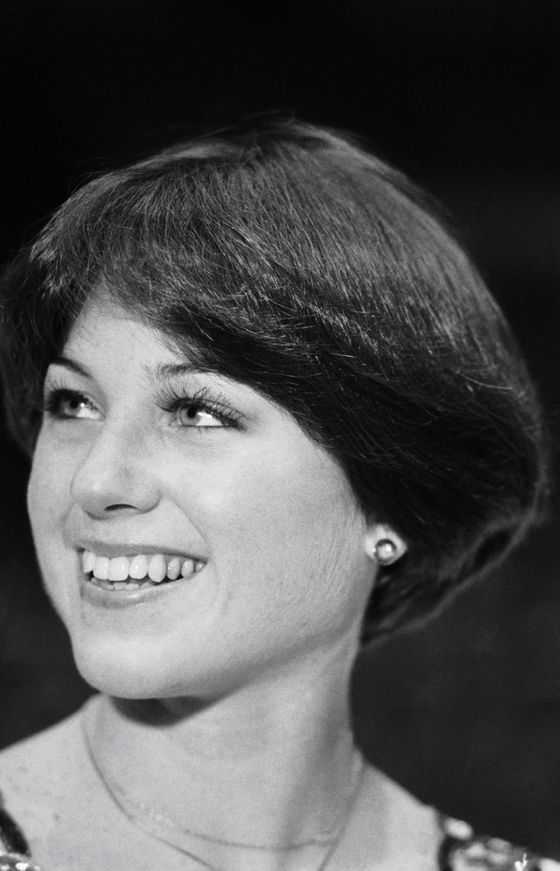 "Just before the 1976 Winter Olympics, Dorothy Hamill had her hair cut into an aerodynamic ""wedge"" by stylist Yusuke Suga. Her gold-medal style swung back into place after every salchow, then earned her a Clairol contract as the face of their ""Short & Sassy"" product line."