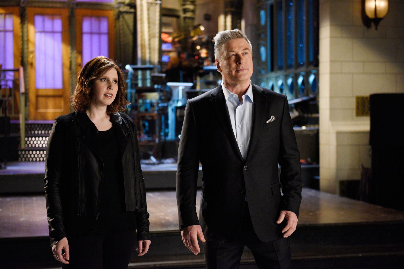 Saturday Night Live Recap: Alec Baldwin Hosts for 17th Time