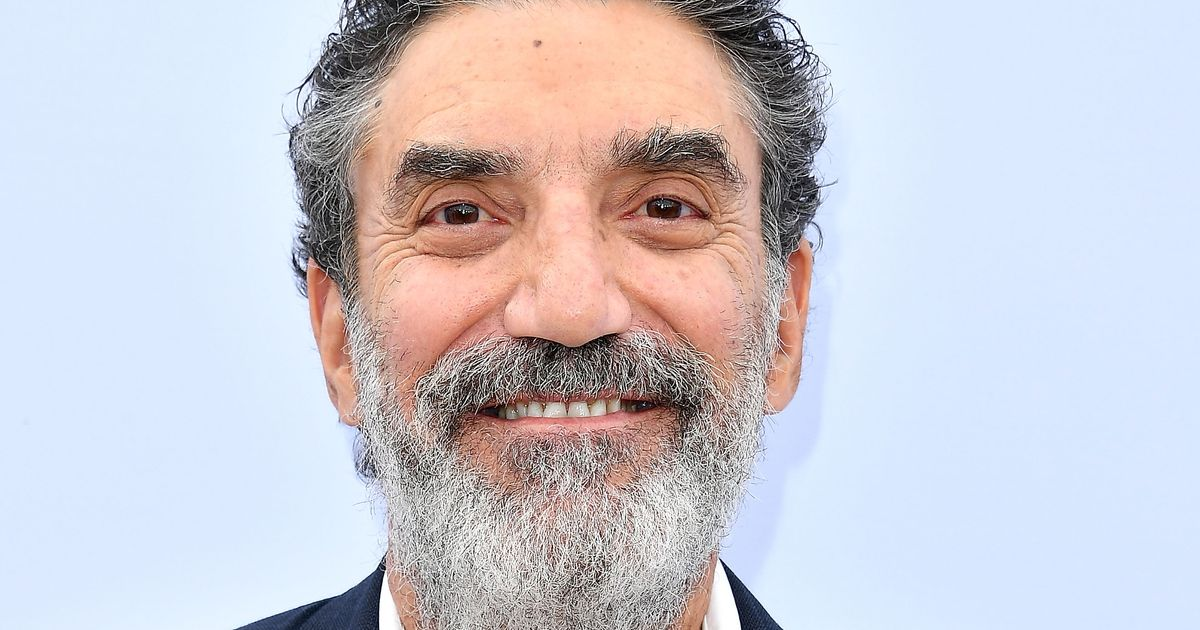 Chuck Lorre Uses Mom Vanity Card To Advise Julian Assange To Hack Donald Trump