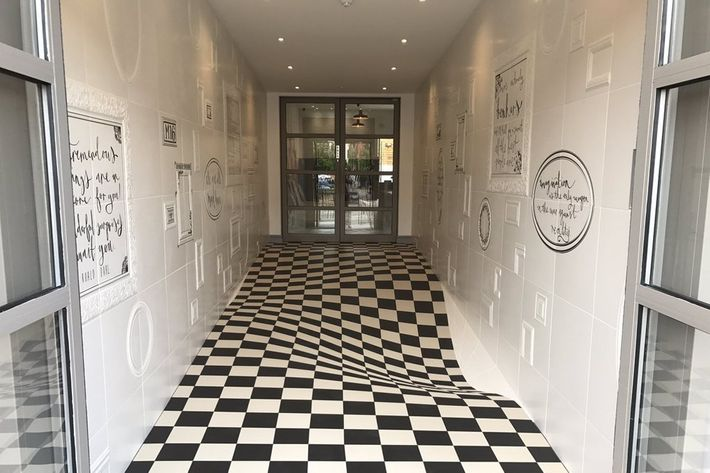 Checkered Tile Illusion Floor Is Flat But Looks Curved