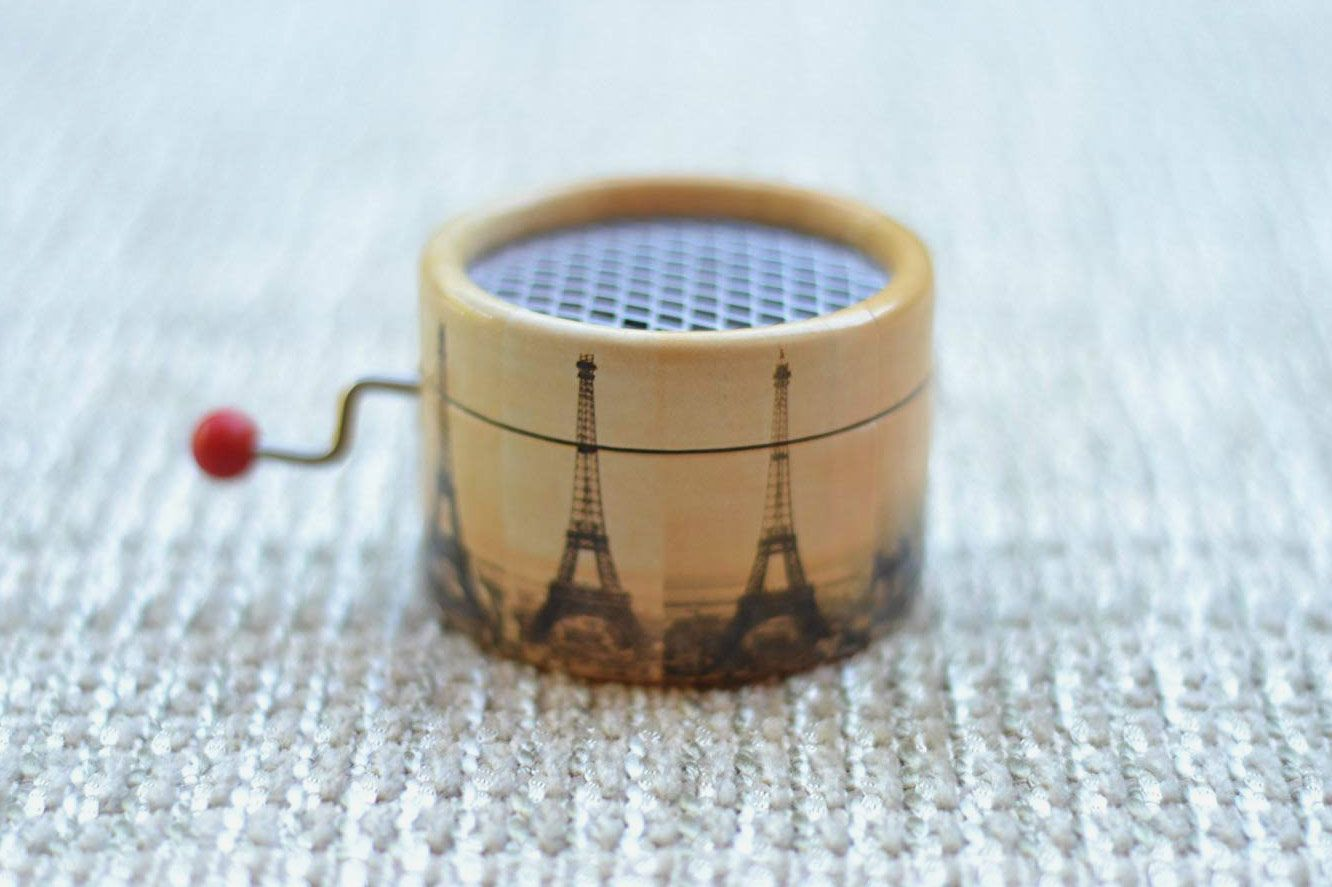 Amélie Eiffel Tower Music Box