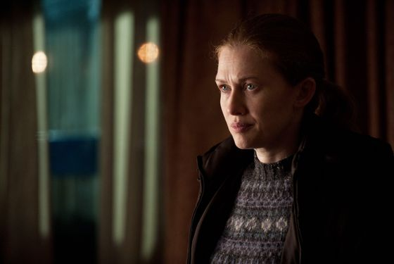 Sarah Linden (Mireille Enos) - The Killing - Season 2, Episode 5 - Photo Credit: Carole Segal/AMC
