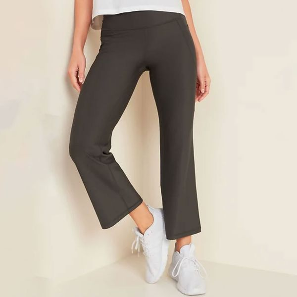 Old Navy High-Waisted Elevate Powersoft Side-Pocket 7/8-Length Flare Leggings