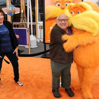 UNIVERSAL CITY, CA - FEBRUARY 19: Actress Rhea Perlman and actor Danny DeVito attend the premiere of Dr. Seuss'
