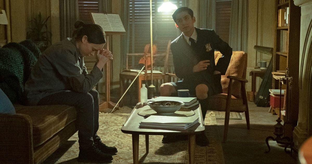 The Umbrella Academy, Season 1, Episode 2: 'Run, Boy, Run'