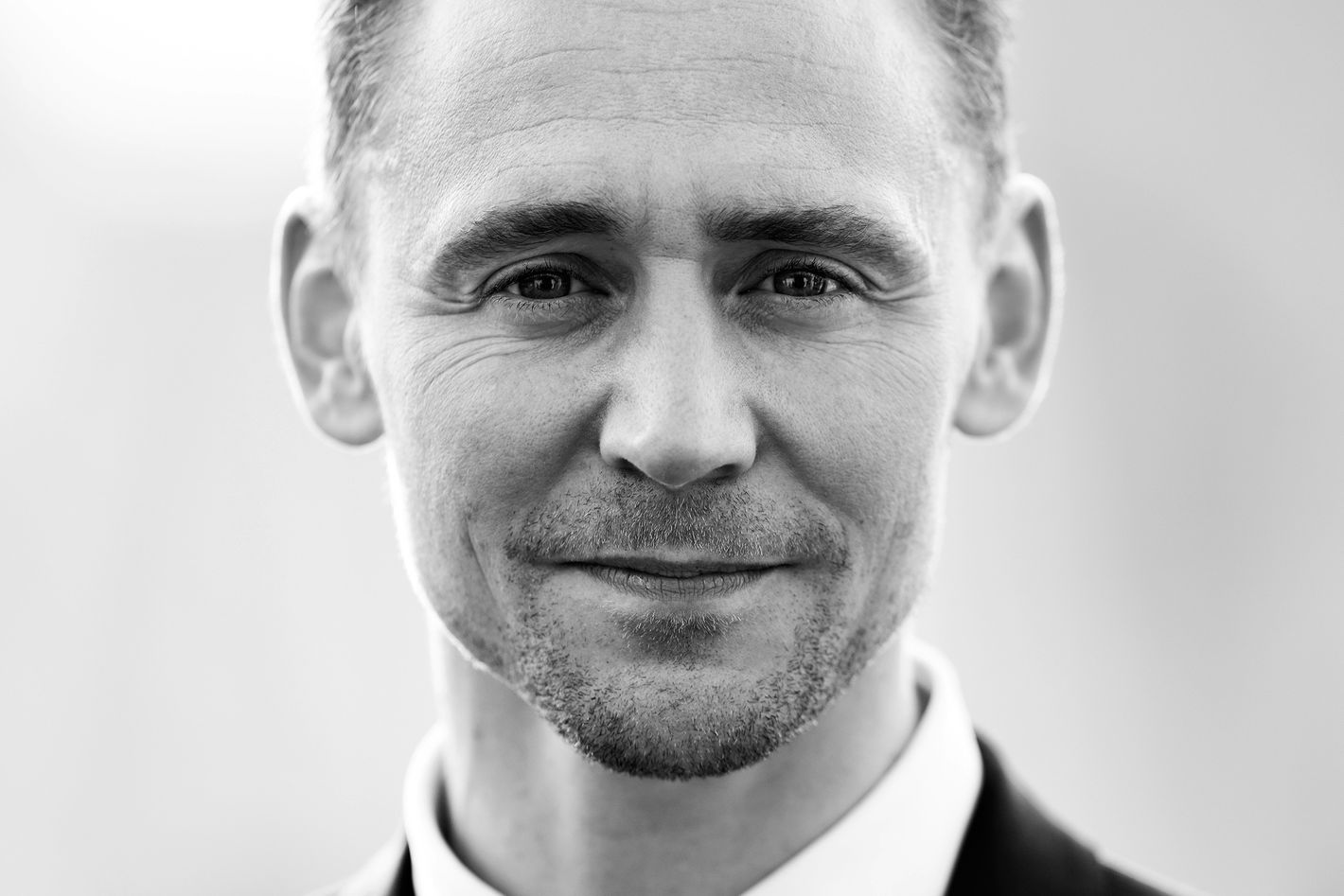 28 Things You Learn While Hanging Out With Tom Hiddleston