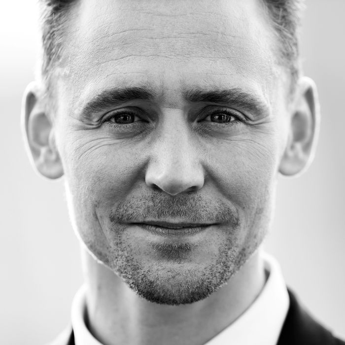 LONDON, ENGLAND - MAY 08: Tom Hiddleston attends the House Of Fraser British Academy Television Awards 2016 at the Royal Festival Hall on May 8, 2016 in London, England. (Photo by Dave J Hogan/Dave J Hogan/Getty Images)