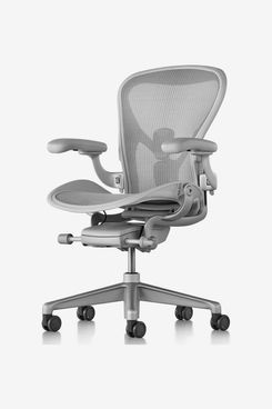 Herman Miller Aeron Chair in Mineral