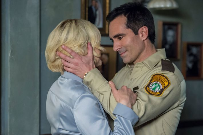 Vera Farmiga as Norma, Nestor Carbonell as Alex.