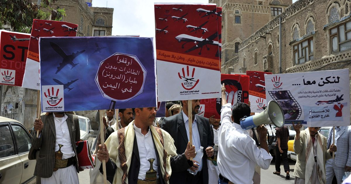 45588169e3030 The fallout from a U. S. raid in Yemen that killed one Navy SEAL and a  number of civilians continued on Tuesday. The New York Times reported that  Yemen has ...