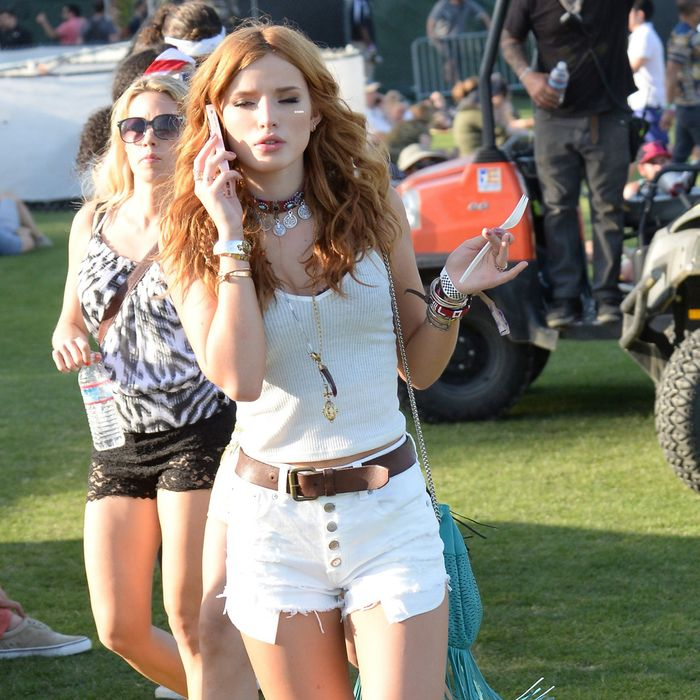 Bella Thorne, a lonely hunter.