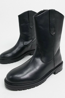 ASOS Design Andy Leather Pull-On Trucker Boots