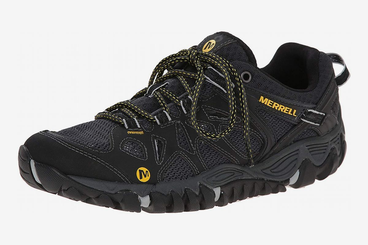 11 Best Water Shoes For Men 2019