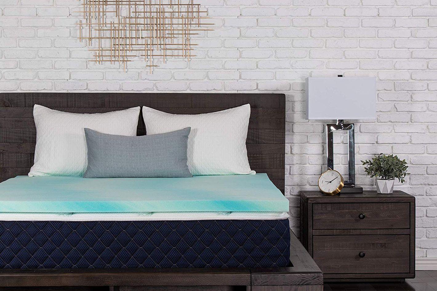 """DreamFoam Bedding 2"""" Gel Swirl Memory Foam Topper"""