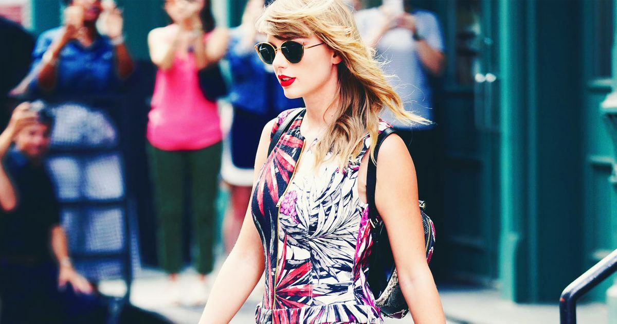 da7c83160ee5 Taylor Swift and Her Unique Style Are Back in New York