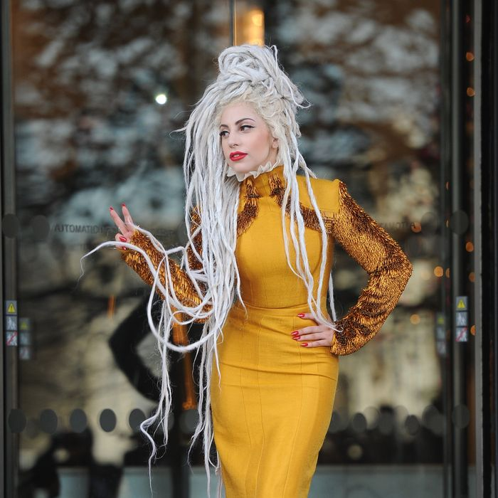 09-gaga-dreadlocks.w700.h700.jpg