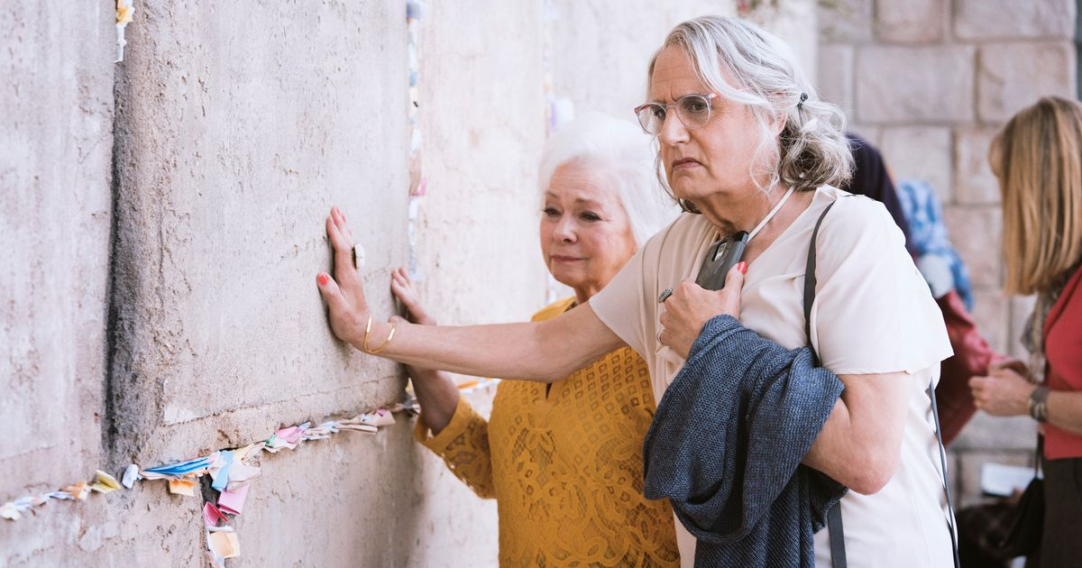 Transparent Takes a Mostly Worthwhile Trip in Season 4