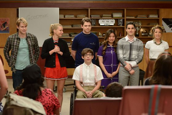 "GLEE: Some of the glee club members perform for their Senior classmates in the ""Goodbye"" season finale episode of GLEE airing Tuesday, May 22 (9:00- 10:00 PM ET/PT) on FOX. Pictured L-R: Chord Overstreet, Heather Morris, Damian McGuinty, Kevin McHale (bottom), Jenna Ushkowitz, Darren Criss and Vanessa Lengies. ©2012 Fox Broadcasting Co. CR: Mike Yarish/FOX"