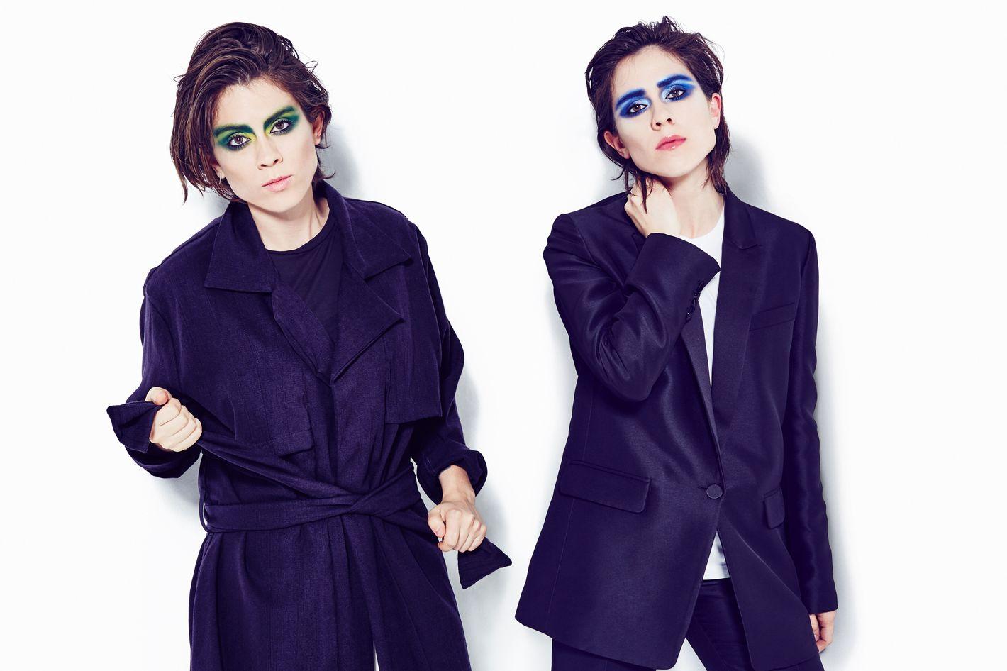 780ad220a Tegan and Sara Quin Pick Their 10 Favorite Tegan and Sara Songs