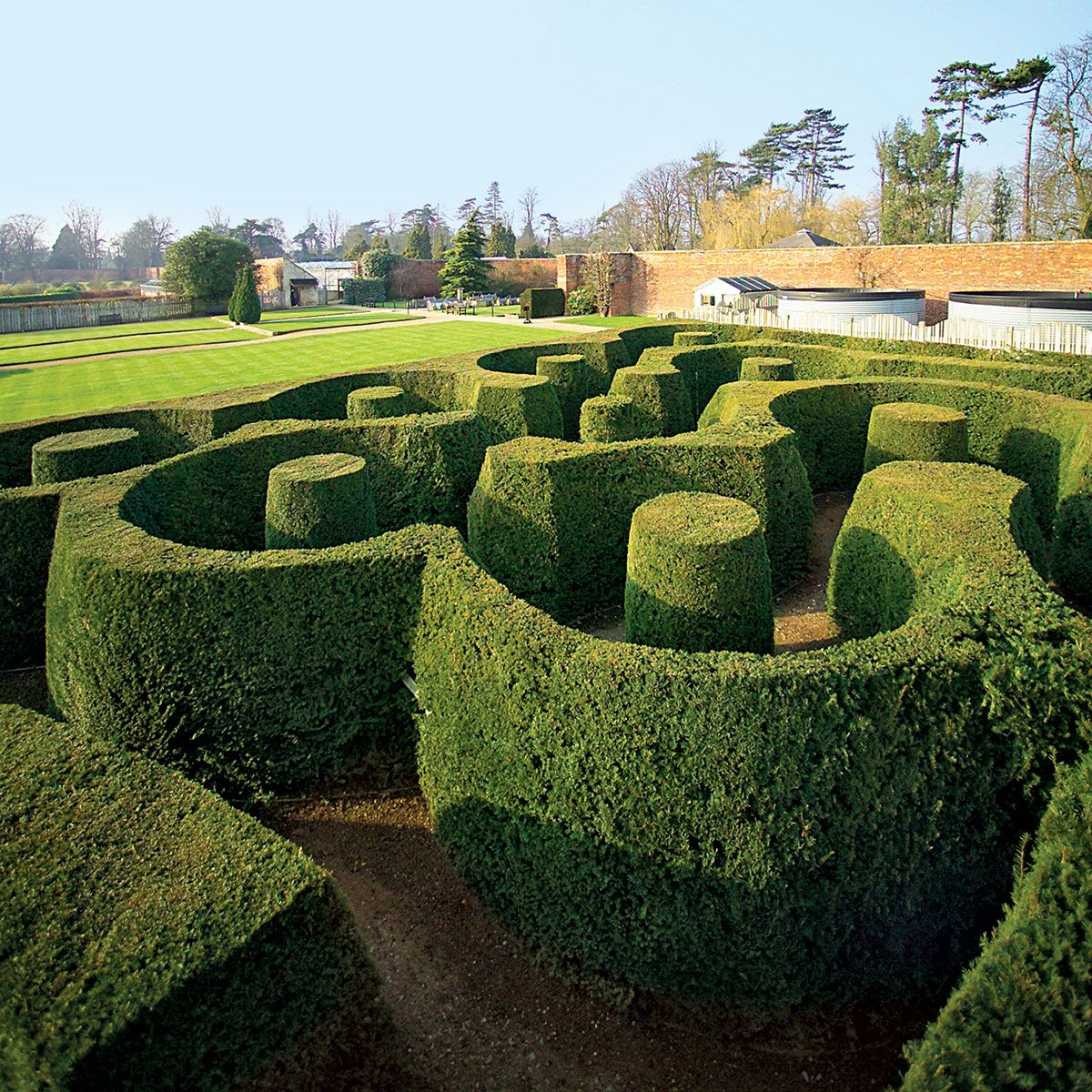 Garden maze gift guide 2015 extravagant the cut for Garden maze designs