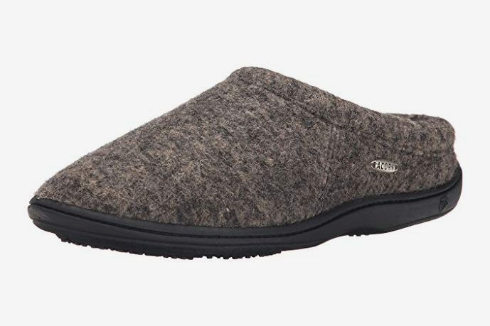 424a200c9e17 Acorn Men s Digby Gore Wool Slipper at Amazon