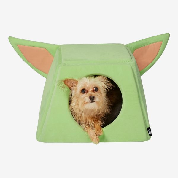 Star Wars The Mandalorian's The Child Cat & Dog Bed
