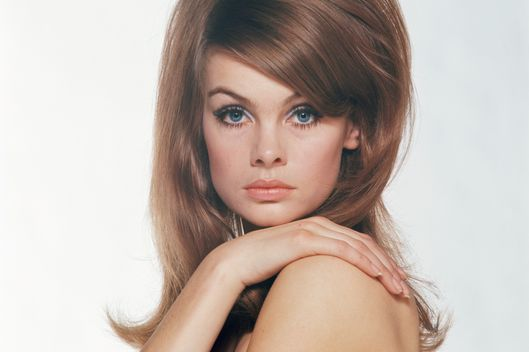 English supermodel Jean Shrimpton, circa 1965.