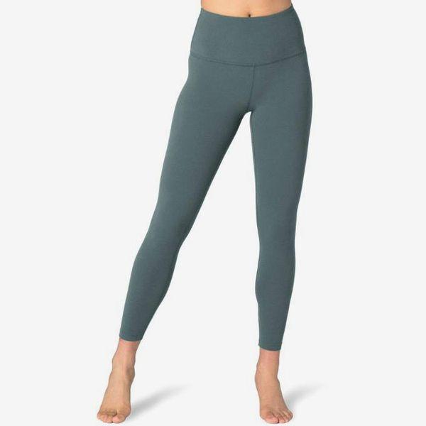 beyond yoga high waisted midi leggings green - strategist rei winter sale