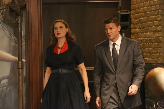 "BONES:  In an episode that reimagines the Jeffersonian and FBI teams in 1950s Hollywood, Brennan plays an LAPD detective, and Booth is a notorious jewel thief who is far more than he seems to be. When Booth is framed for a murder, he and Brennan team up to clear his name and find the killer in the ""The 200th in the 10th"" 200th episode of BONES airing Thursday, Dec. 11 (8:00-9:00 PM ET/PT) on FOX.  Pictured L-R:  Emily Deschanel and David Boreanaz.  ?2014 Fox Broadcasting Co.  Cr:  Patrick McElhenney/FOX"
