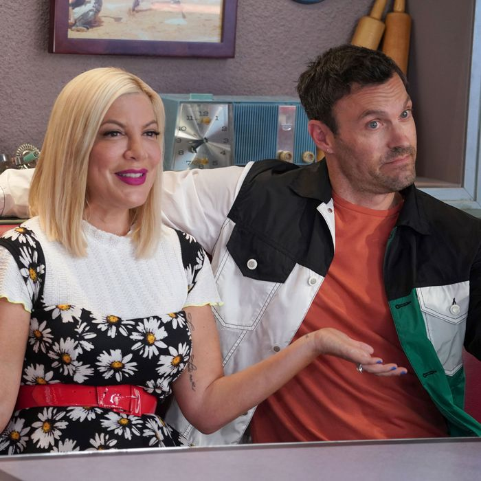 BH90210 Premiere Recap, Season 1 Episode 1: 'The Reunion'