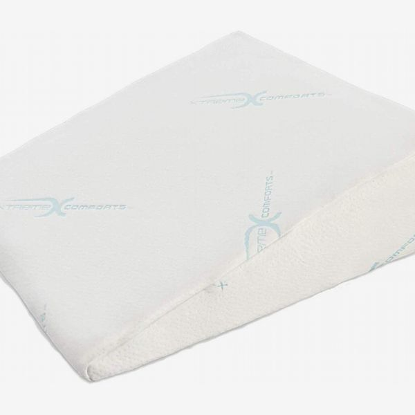 Xtreme Comforts Memory Foam Wedge Pillow