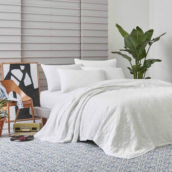 white brooklinen quilt set queen