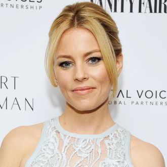 Elizabeth Banks Is Aca No Longer Directing Pitch Perfect 3 Because It Butts Up Against Her Parenting Responsibilities