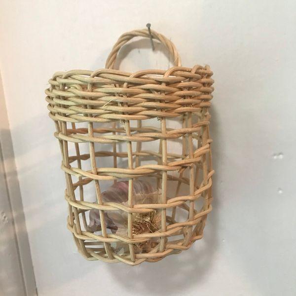 Hanging Woven Garlic Basket